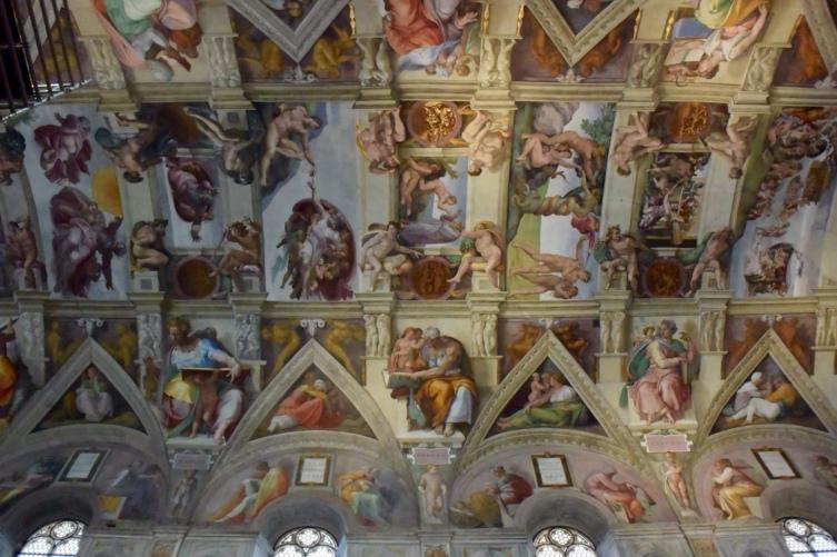 O espetacular teto da Capela Sistina